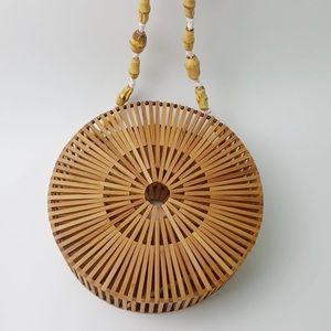 Bamboo shoulder bag.